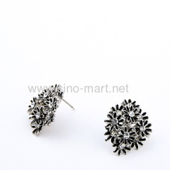 stunning wedding cluster earrings
