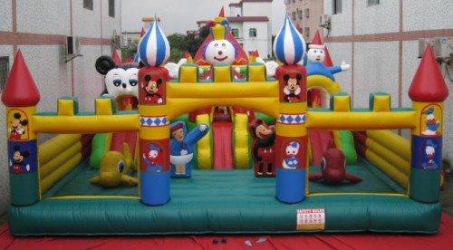 AM-422 disney parc d'attractions gonflables 3810 $ fabricant de Chine GUANGZHOU AIYU INFLATABLE PRODUCTS CO., LTD.