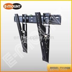 Tilting TV wall mount