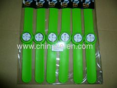 Hot Sell Fashion Silicone green slap watch