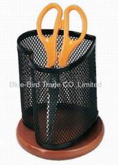 heart mesh pen holder
