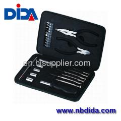 26 pcs w. sockets pliers TOOL KIT tin box