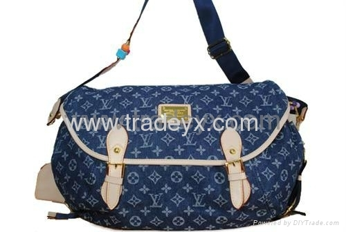 wholesale handbags and purses