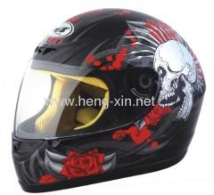 DOT motorcycle helmet with skull design