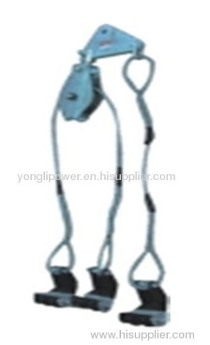 Three bundle conductor lifter lifting device