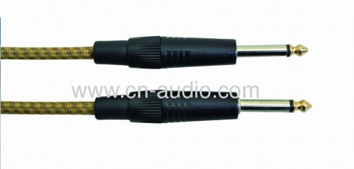 Professional grade guitar cable
