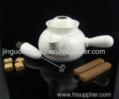 Ceramic chocolate pot
