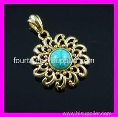 18K gold plated flower pendant