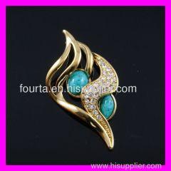 new golden pendant