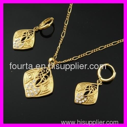 FJ beautiful 18k gold plated set
