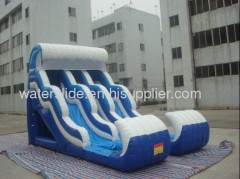 Double wavy airflow water slide