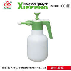 2L garden sprayers