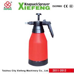2L hand pressure sprayer