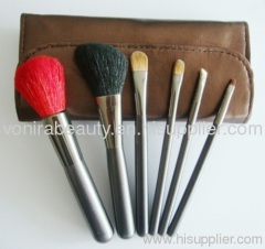 Cosmetic brushes supplier