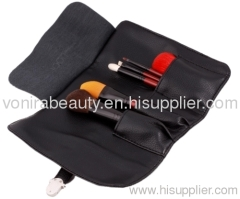 Essential Travel Set by Cosmetic brushes supplier Vonira Beauty