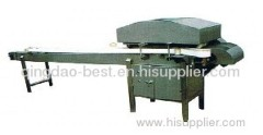 Asparagus cutting machine