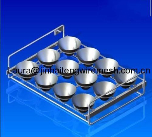 Reinforced wire basket