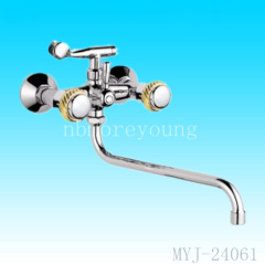 brass body bathtub faucet