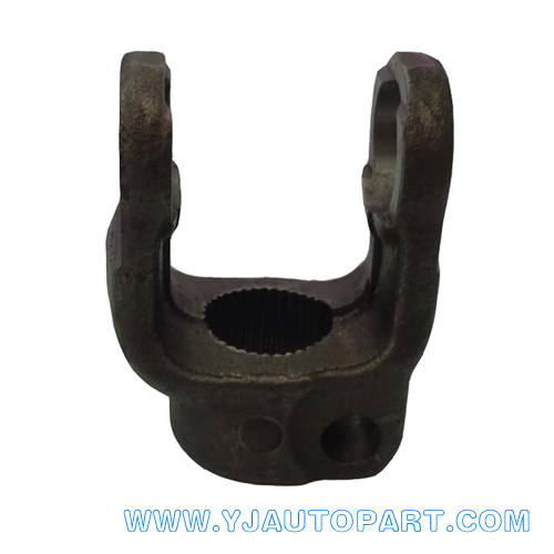 Drive shaft parts Splined yoke with Non-Interfering Bolt