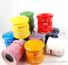 post condiment pot