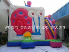 Kids indoor bounce house