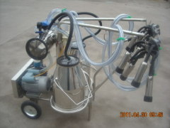 high quality vacuum pump portable milking machine