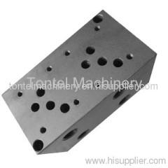 Custom Hydraulic Manifolds-01