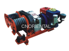 Overhead line conductor stringing winch
