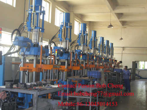 Small Rubber Injection Molding Machine From China