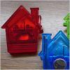 House shape magnetic memo clip