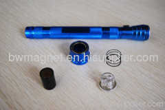 Extendable Magnetic LED Flashlight