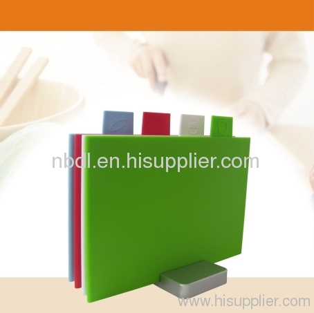 4 Onchip Square Chopping board