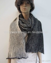 black and white acrylic knitted sacrf