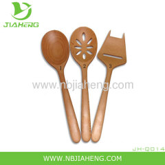4.5 inches long demitasse-sized wood spoons