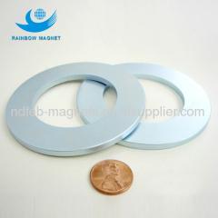 Neo magnet loudspeaker magnets