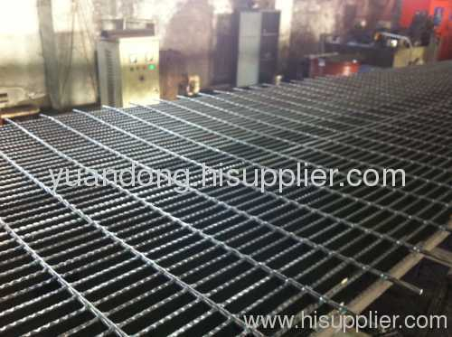 steel compound terrace