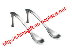 High-heeled shoes spoon