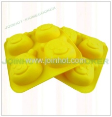 Winnie the Pooh Silicone Bakeware