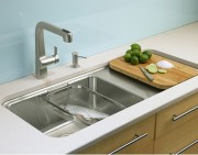 What Are the Benefits of Single Sinks and Double Sinks?