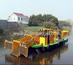 Aquatic Weed Harvester Of Rubbish Cleaning Ship