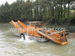 Aquatic Weed Harvester Of Grass Cutting Ship