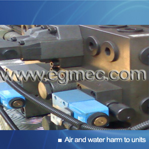 The effect of air and water to hydraulic unit