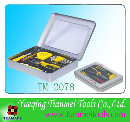 24 piece promotional tool set with windows tinplate box