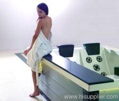 Massage bathtub spa