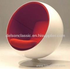 Eero Aarnio Ball Chair DS420