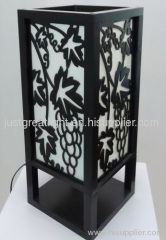 2012 hot sell unique square wood desk lamp for hotel and household TL048