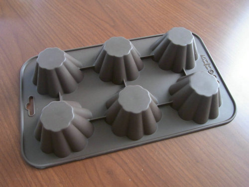 CROWN American Jumbo Muffin Silicone Cake Moulds