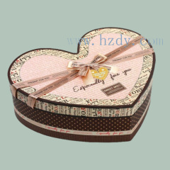 Heart shape gift paper box