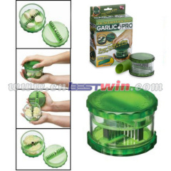 non touch garlic dicer and slicer