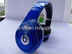 dark blue studio headphone